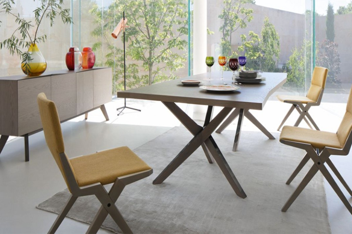 Jane Dining Table - Roche Bobois